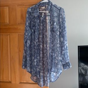 Hollister Sheer Paisley Button Down